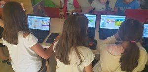 IOTESA Kids ofera o lectie demonstrativa de programare pentru copii la sediul colegilor nostri de la Das Kindernest Afterschool Giroc 7