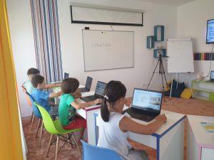 LECȚIA DEMONSTRATIVĂ DE PROGRAMARE CU IOTESA KIDS LA CREATIVE KIDS CENTER CHIȘODA3