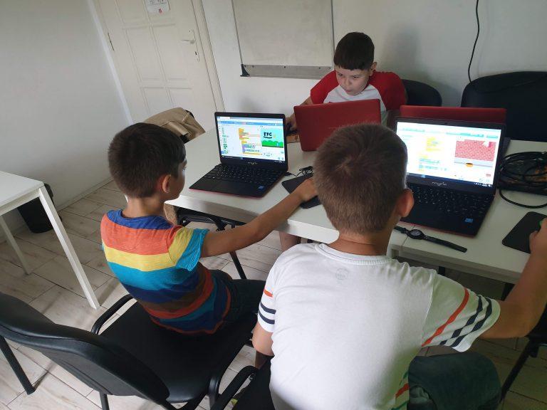 Curs de programare pentru copii de IOTESA Kids la After School Adventures Timișoara - săptămâna mâncării sănătoase1