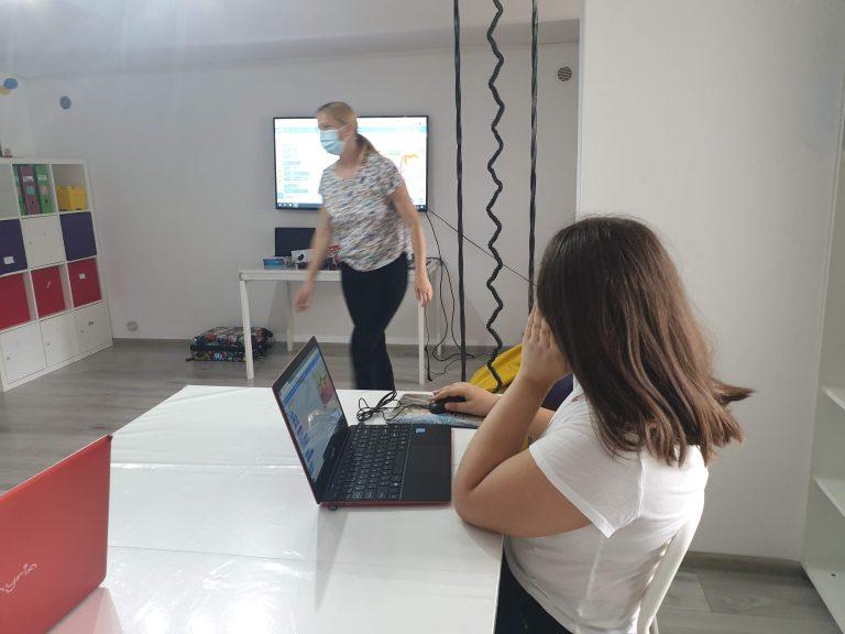 Curs de programare pentru copii IOTESA Kids la Exploratorii Cunoașterii Timișoara - săptămâna artelor1