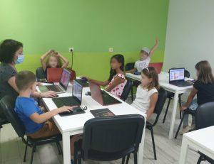 Curs de programare cu Iotesa Kids la Adventures After School Timișoara - Computerul și ajutoarele lui3