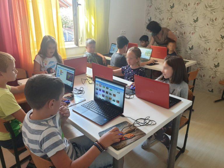 Lectie demonstrativa de programare cu IOTESA Kids la EDES After School Timisoara2