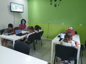 Curs de programare pentru copii cu Iotesa Kids la Adventures After School Timișoara - Joc cu labirint2