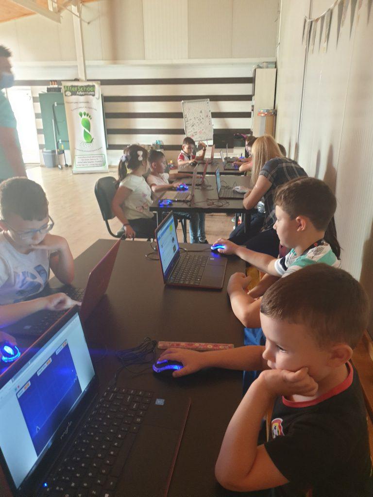 Lecția demonstrativă de programare cu Iotesa Kids la After School Adventures Timișoara - Programare drona1