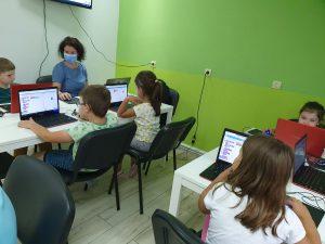 Curs de programare cu Iotesa Kids la Adventures After School - Săptămâna Tehnologiei2