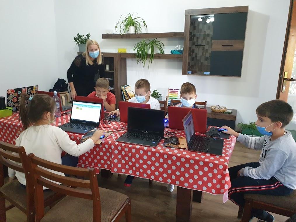 curs-de-programare-cu-iotesa-kids-la-das-kindernest-afterschool-giroc-reinceperea-lectiilor-2