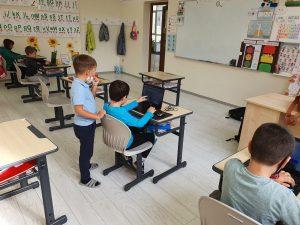 curs-programare-copii-cu-iotesa-kids-la-academia-elim-timisoara-animatie-interactiva2