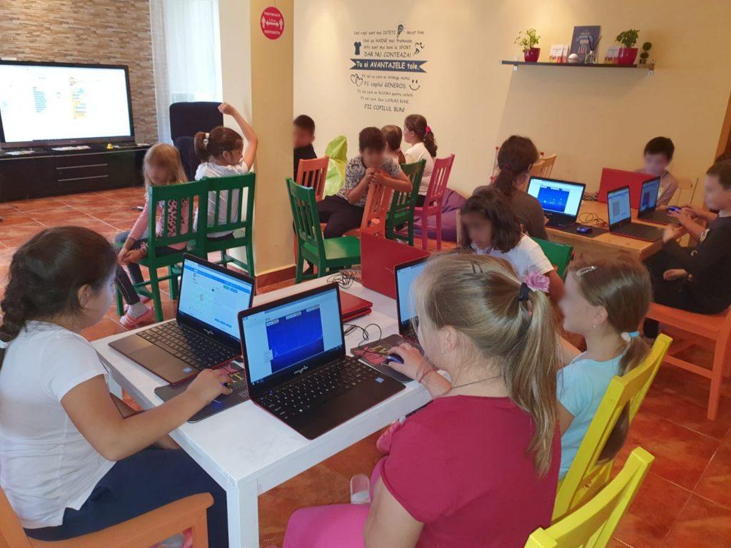 curs-programare-copii-cu-iotesa-kids-la-young-development-hub-dumbravita-lectia-demonstrativa-si-prima-sedina-de-curs2