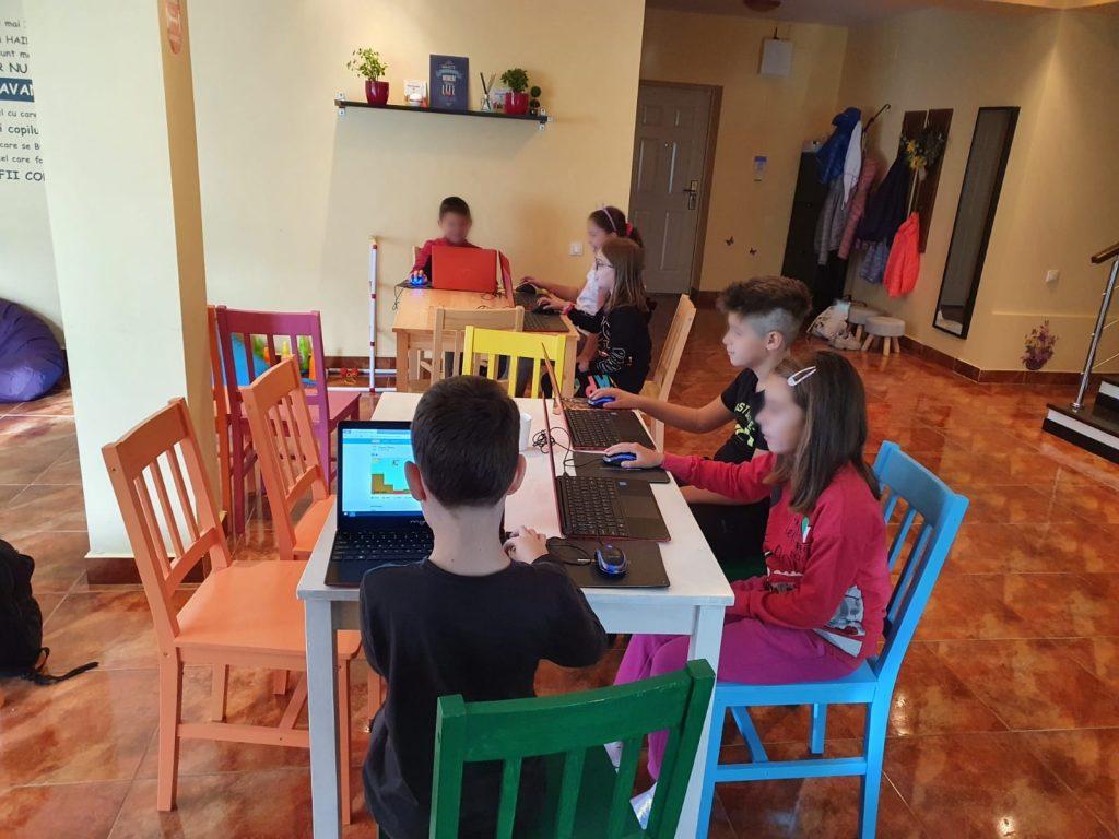 curs-programare-copii-cu-iotesa-kids-la-young-development-hub-dumbravita-lectia-demonstrativa-si-prima-sedina-de-curs4