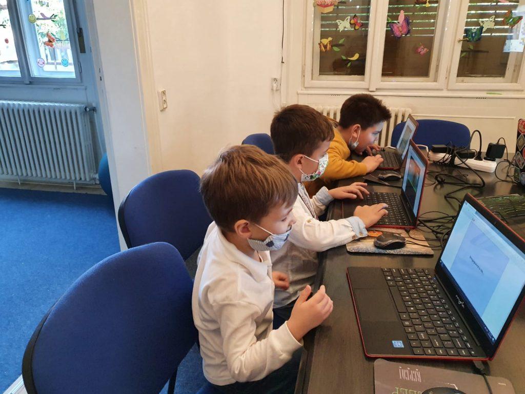 curs-programare-copii-cu-iotesa-kids-la-discovery-smart-kids-club-timisoara-aventura-spatiala1