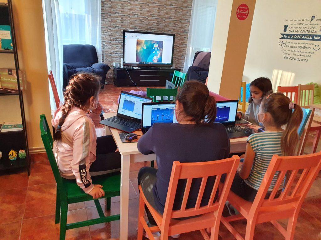 De ce cursuri de programare pentru copii IOTESA Kids3