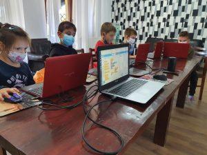 curs-programare-copii-iotesa-kids-la-das-kindernest-afterschool-giroc-jocul-cu-alimente2