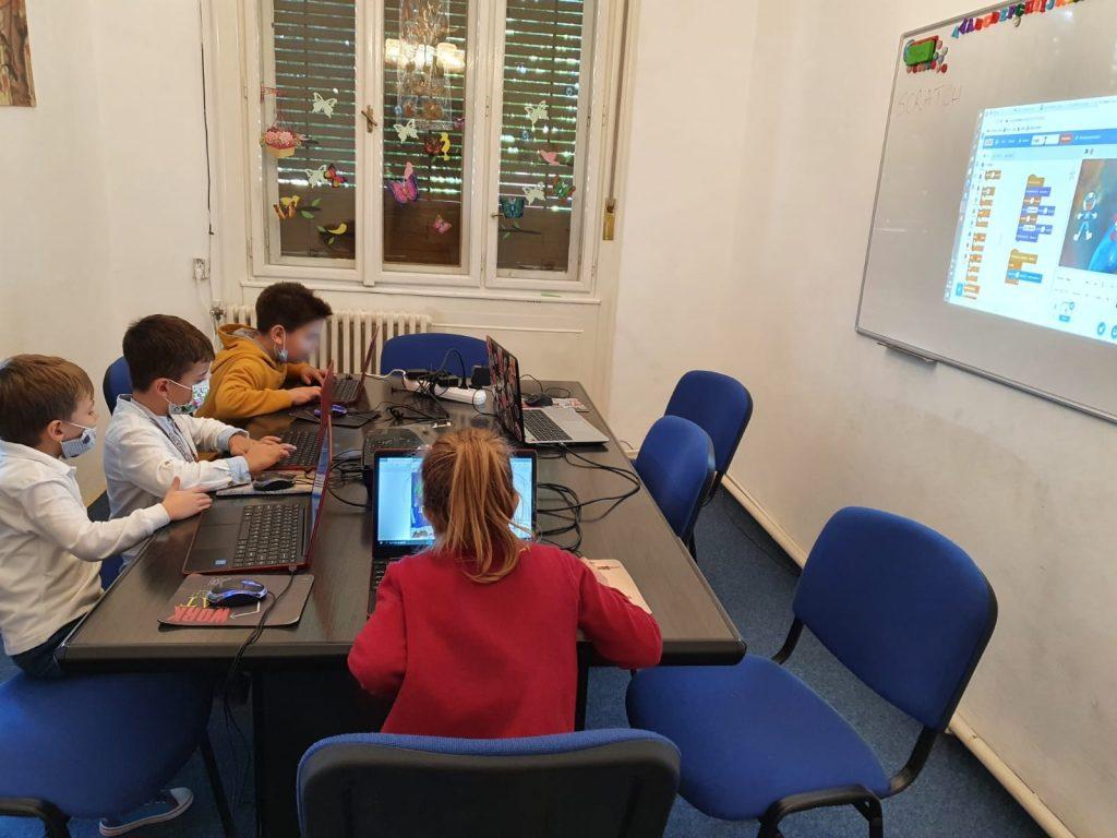 curs-programare-copii-cu-iotesa-kids-la-discovery-smart-kids-club-timisoara-aventura-spatiala3