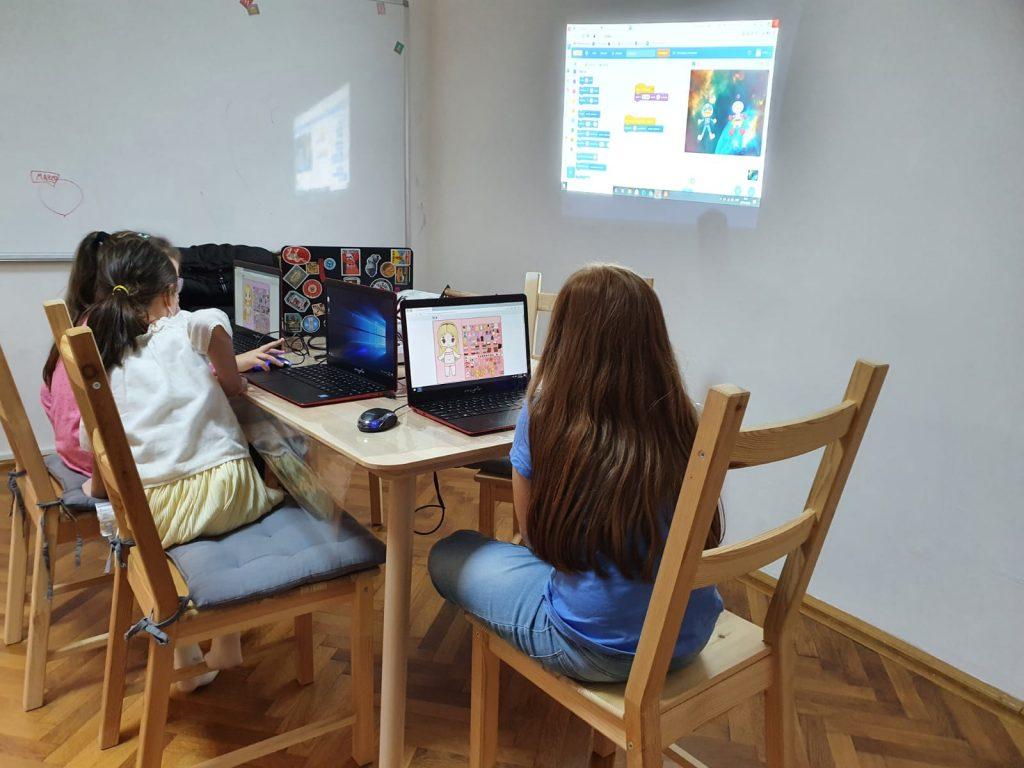 curs-programare-copii-cu-iotesa-kids-la-cuib-after-school-timisoara-a-doua-lectie1