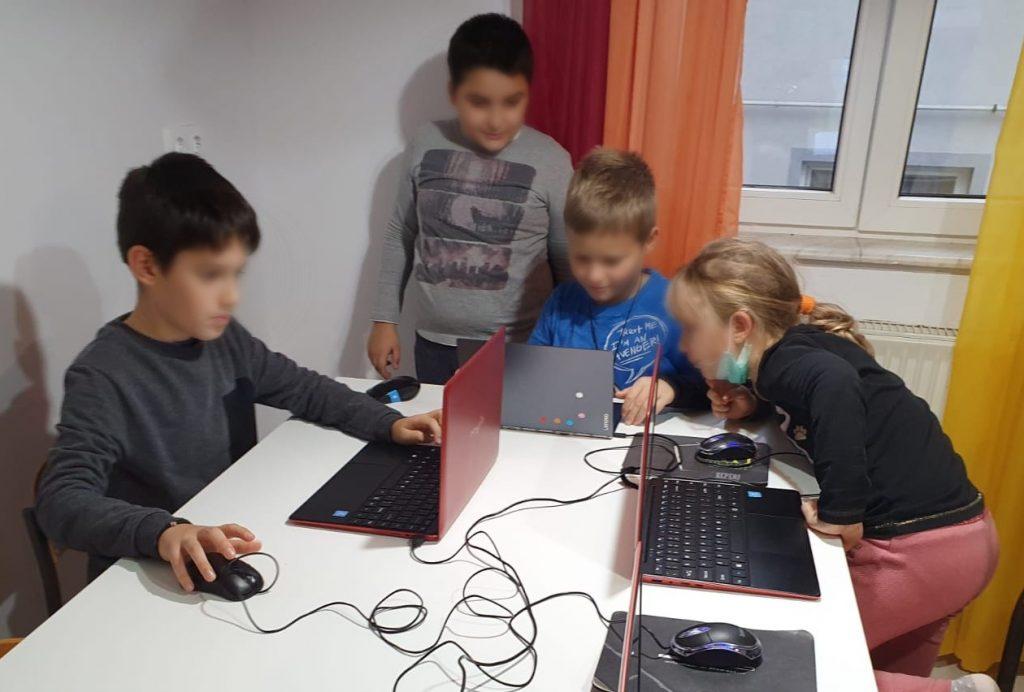curs-programare-copii-cu-iotesa-kids-la-edes-after-school-timisoara-anotimpurile3